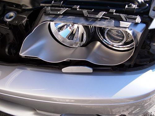 BMW E46 フロントライト チタニウム インナーカバーへ交換