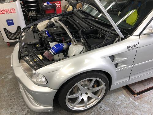 BMW E46 エアコンコンプレッサー交換(前編)