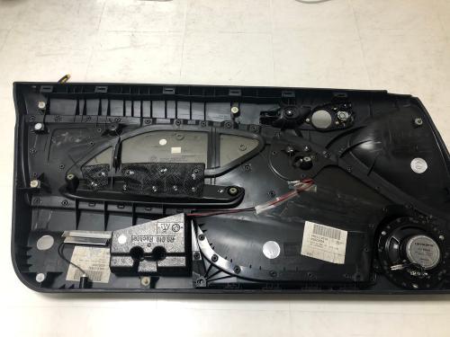 BMW E46 のドアパネルを取り外した状態