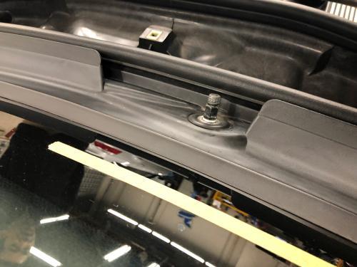 BMW E46 カウルカバーのシールの状態