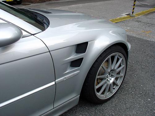 BMW E46 M3フロントフェンダーワンオフ加工
